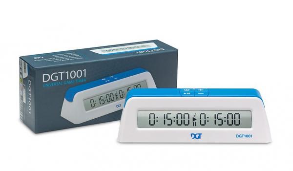 Combo scoala: Set piese plastic Staunton 6 light + saculet piese + tabla carton pliabila in 4 + ceas DGT 1001 1
