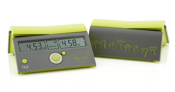 Combo set: Piese sah plastic New Design + Tabla carton + ceas DGT Easy Black Beyond